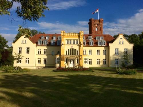 Schloss Lelkendorf - Fewo Parkblick Cover Picture