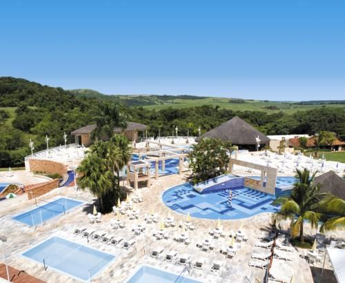 Aguativa Golf Resort Cover Picture