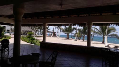 Albatros Resort Cover Picture