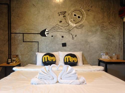 Mee Bed and Breakfast Cover Picture