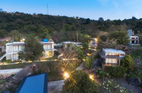 Twelve Oclock Resort Cover Picture