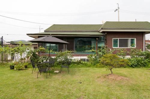 Joie De Vivre Garden Guesthouse Cover Picture