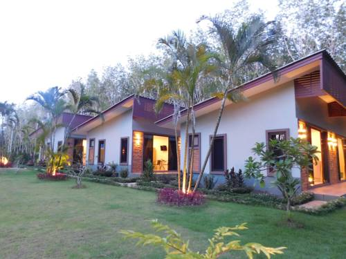 Phuket Sirinapha Resort Cover Picture