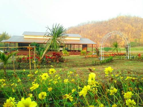 Taakradan Valley Resort Cover Picture