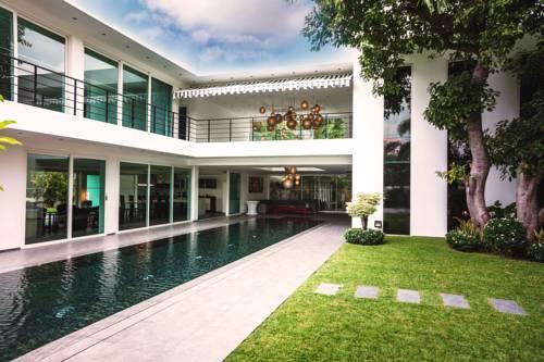 Grand Siam Villa Pattaya Cover Picture