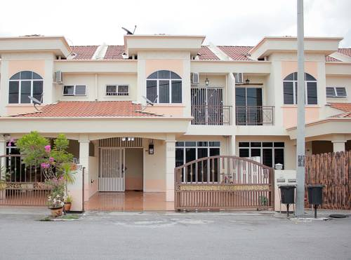 Marlina Holiday Home Seri Manjung Cover Picture