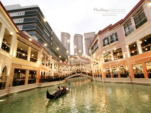 MaxStays - Max Pavilion @ The Venice Residences Cover Picture
