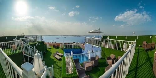 Golden Garden Al Corniche Hotel Cover Picture