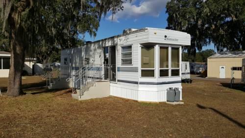Sunshine Village Florida - Mobile Home RV Resort Cover Picture