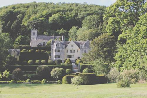 Owlpen Manor Cottages Cover Picture