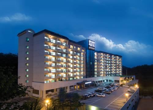 Kensington Resort Chungju Cover Picture