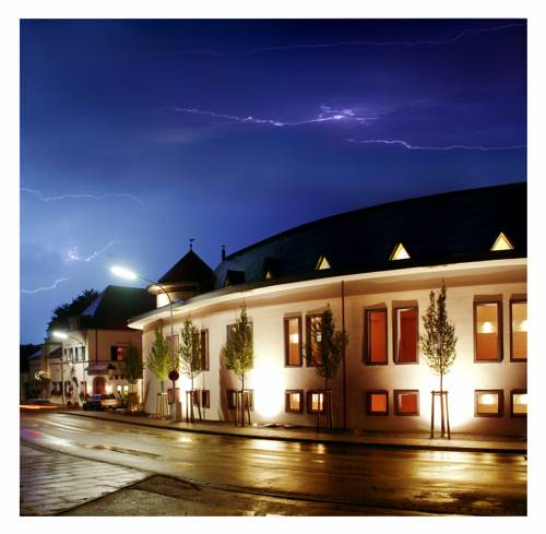 Weinquartier Burggarten Cover Picture