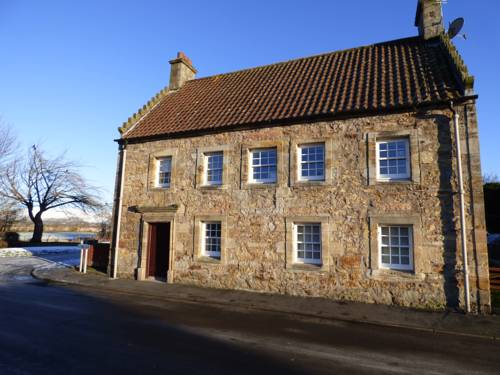 The Captain's House - Airth Cover Picture