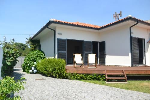 As Hortênsias Beach House Cover Picture