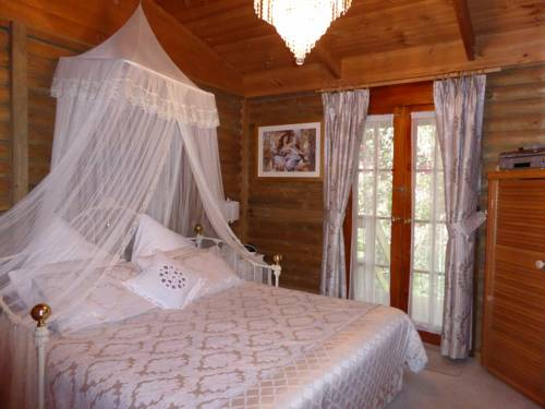 Aldgate Lodge Bed & Breakfast Cover Picture