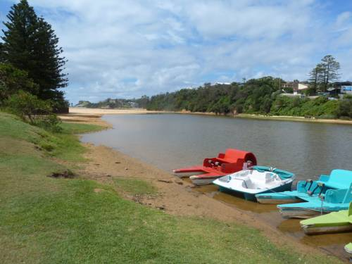 The Cottage @ Terrigal Beach Cover Picture