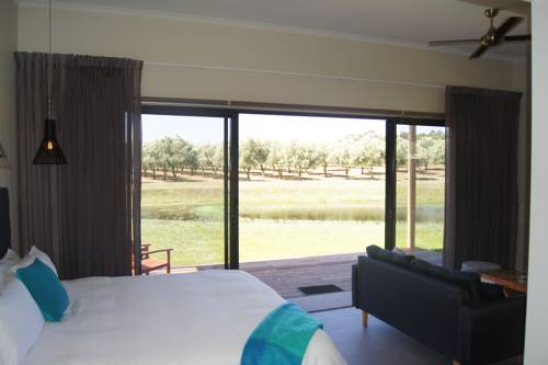 Manzanillo Grove Villa Cover Picture