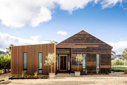 Villa Rochford Cover Picture