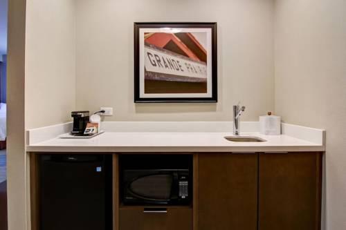 Hampton Inn & Suites by Hilton Grande Prairie Cover Picture