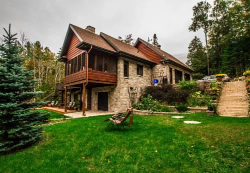 La Maison du Lac Bernard Cover Picture