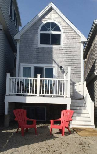 Perkins Cove Oceanfront Cottage Cover Picture