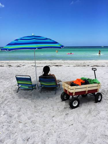Indian Rocks Beach Suites Cover Picture