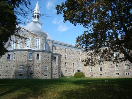 Auberge de l'Abbaye d'Oka Cover Picture