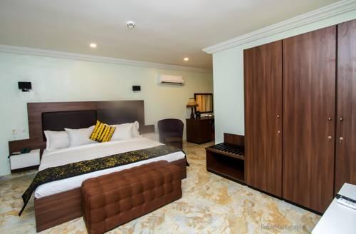 Visa Karena Hotels Limited Cover Picture