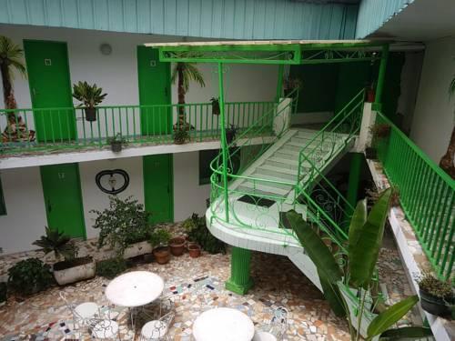Hotel Kreg Le Patio Cover Picture