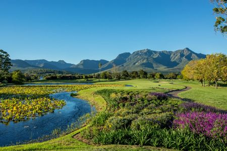 The 5 best golf resorts in South Africa Cover Picture