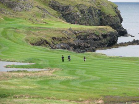 Brautarholt Golf Club Cover