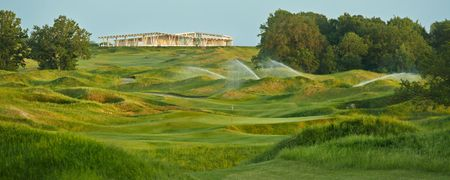 Links National Golf Club Cover Picture