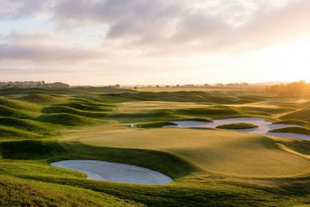 Justin Rose: My World's Top 5 Golf Courses Cover Picture