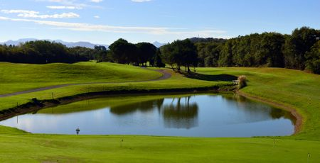 Makila Golf Club Cover Picture