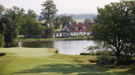 Elisefarm Golf Club Cover Picture