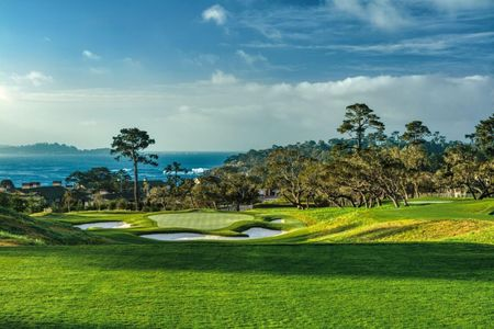 The Hay: Tiger Woods' new course at Pebble Beach Cover Picture