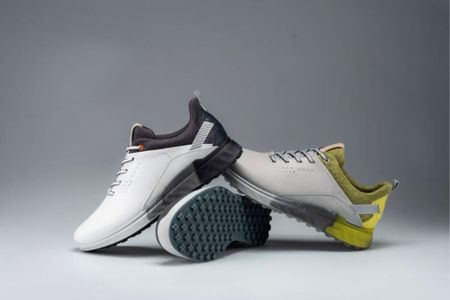 Best New Golf Shoes 2021 Cover Picture