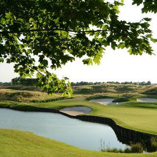 Golf national post image