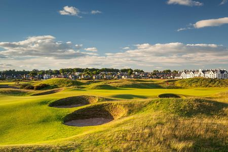 Carnoustie golf links post image