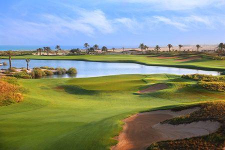Abu dhabi golf club post image